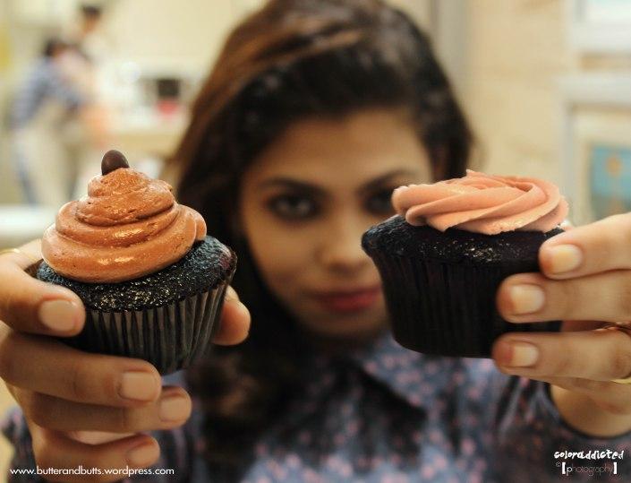 Sugar blossoms cupcakes